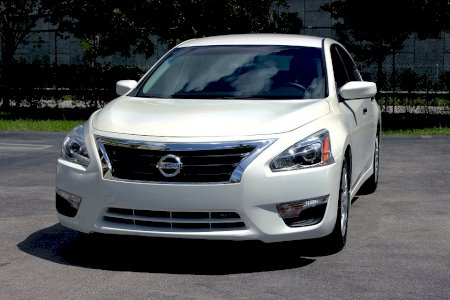 How much would car insurance cost for a Nissan Altima?The Nissan Altima average monthly car insurance rates are $120, but factors such as location, driving record, and relationship status can make your car insurance rates vary.