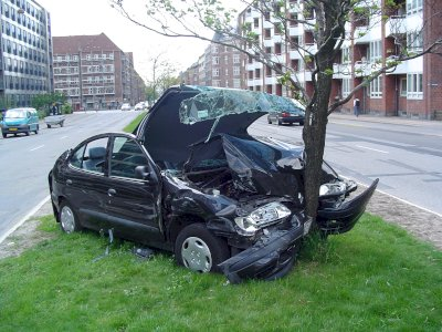 How is a claim handled when both parties in a car accident have the same insurance carrier?